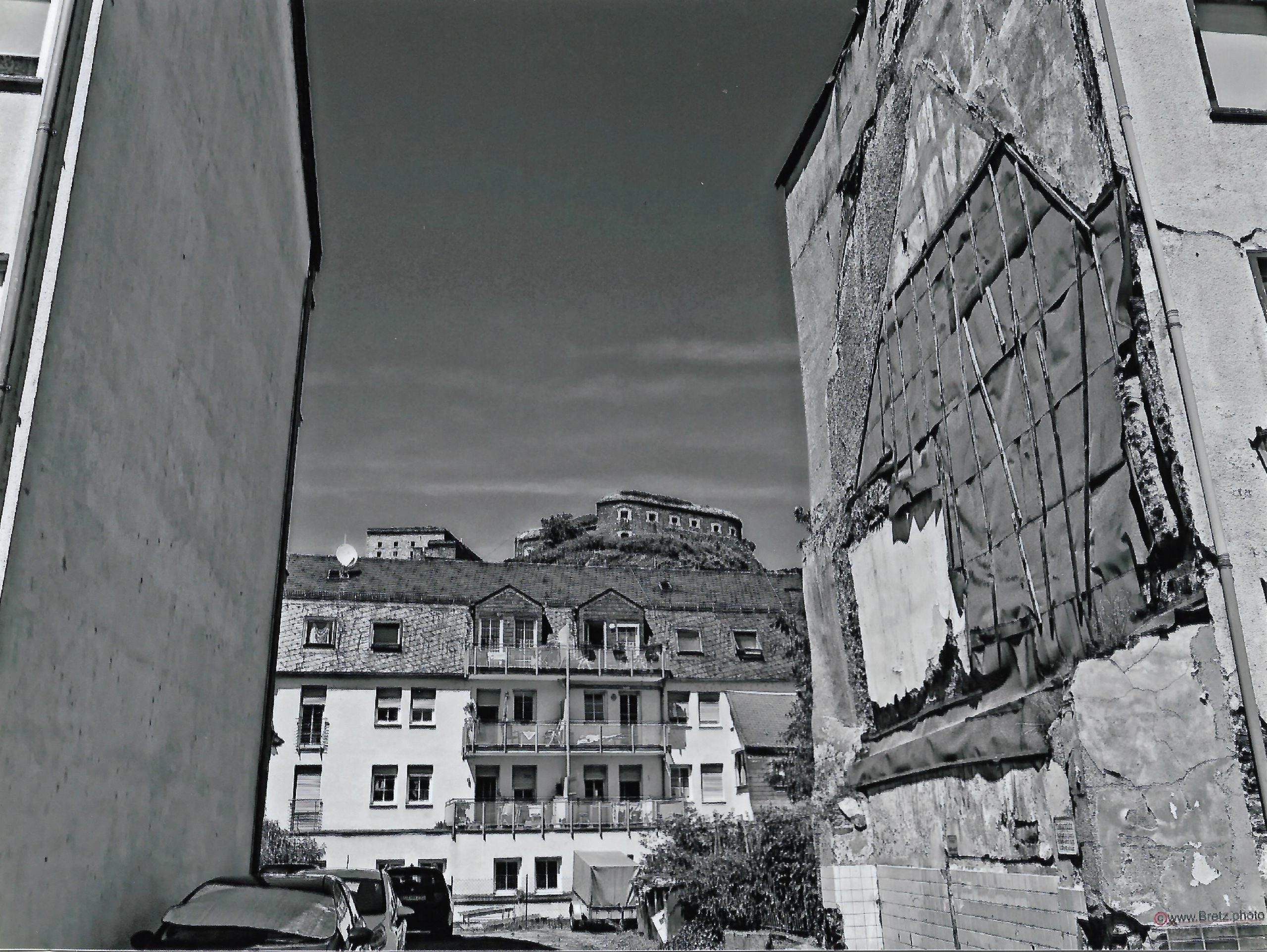 Zwischen den Häusern